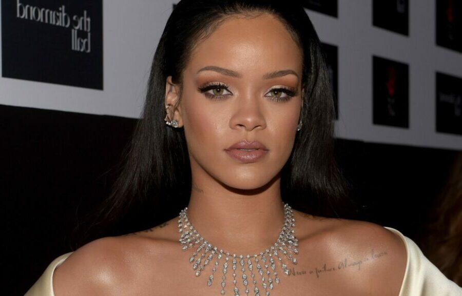 Coupes-Rihanna-Le-top-8-de-ses-meilleures-coiffures