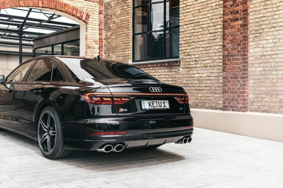 S8-ABT-une-Audi-de-690-chevaux-qui-accélère-très-fort