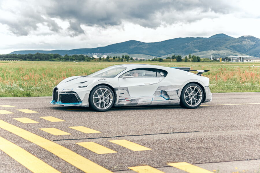 Bugatti-Divo-Les-premières-Hypercars-sont-prêtes