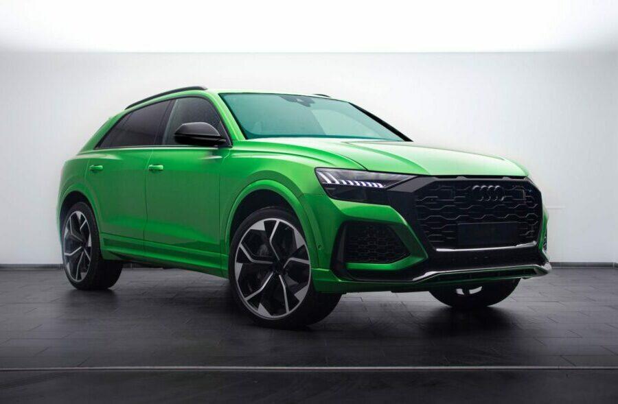 Java-green-cette-couleur-est-juste-parfaite-sur-l-Audi-RSQ8