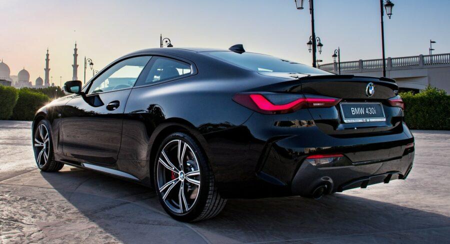 BMW-serie-4-coupé-Dark-Edition