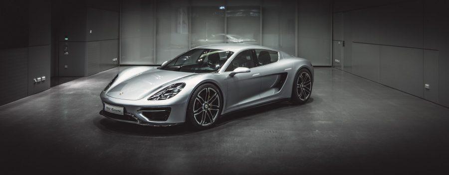 Porsche-Vision-Turismo-Le-concept-qui-a-inspiré-le-Taycan